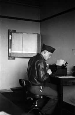 T Sgt Reese in Gunn office.jpg