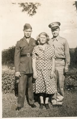 Gray, Fannie with sons Luther and Wilburn Stowe-early 1940's.jpg