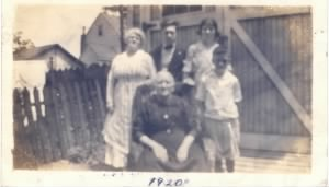 Barrone Family - July 1920