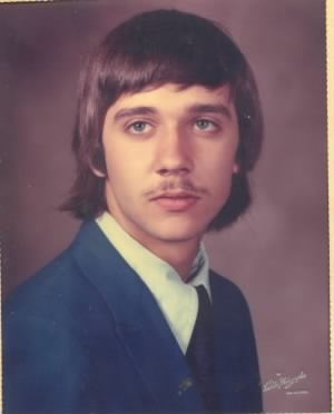 senior photo gary sr 1973.jpg