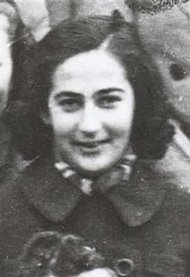A portret of Fanny Philips from Vught in the Netherlands died 17-09-1943 in Auschwitz