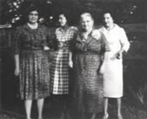 Gladys, Lillian, Mama and Betty.jpg