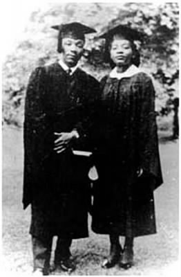 Graduating Seniors Morehouse - Dr King and his sister.jpg - Fold3.com