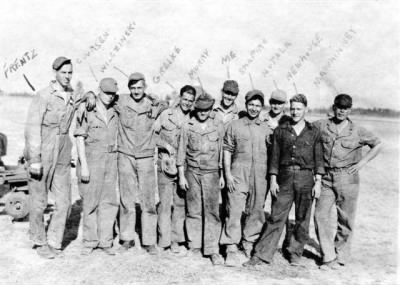 Frank with other 447th Bomb squad Crew Chief's /Engineers and CREW, N. Africa - Fold3.com
