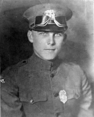 Officer Whitted 1925.jpg