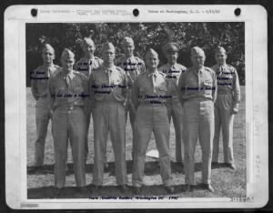 Doolittle and his RAIDERS, Denver Truelove far right. Photo is titled with names.