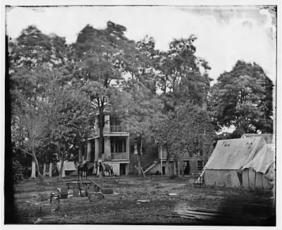 3452 - Fairfax Court House, Va. House used as a headquarters by Gen. G. B. McClellan and Gen. P. G. T. Beauregard › Page 1 - Fold3.com