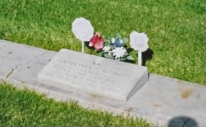 Tony Schmitt headstone