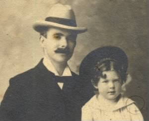 Frank Learner Rodgers 1900 Photo & Daughter.jpg