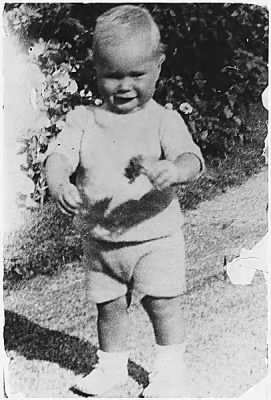 George H. W. Bush around age 1 1/2