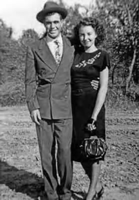 J.D. Tippit, age 23; and Marie Francis Tippit, age 19, in 1947..png
