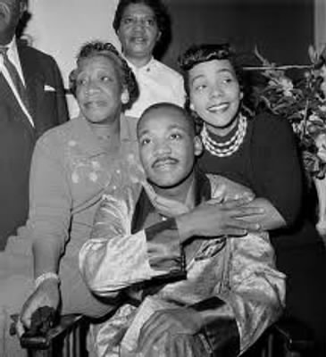 MLK with mother and wife.jpg - Fold3.com