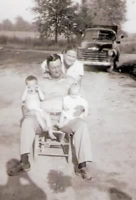 Skipper, Roy holding Richard and Sis 1955 Epps, La..jpg