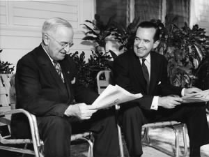 800px-Murrow_and_Truman.jpg