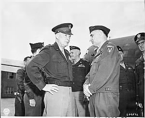 General-Dwight-D-Eisenhower-Lt-General-Lucius-D-Clay-at-Gatow-Airport-in-Berlin.gif