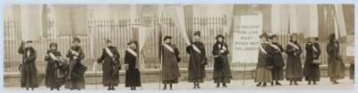 Women's rights activists picket the White House in 1917