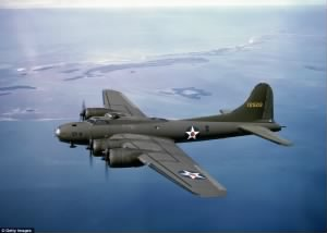 Boeing B-17 Flying Fortress on its way to England (ca. 1941).jpg