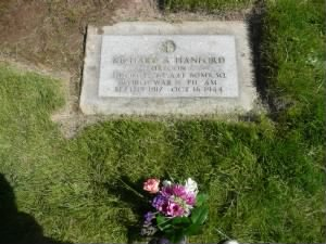 2Lt. Richard Allen Hanford Headstone.jpg
