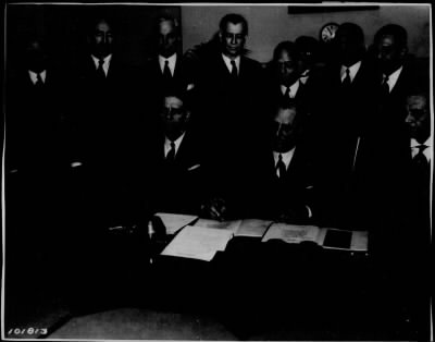 Signing of Phillipine Constitution
