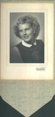 Darlyne Cosby Senior Picture 1947.jpg